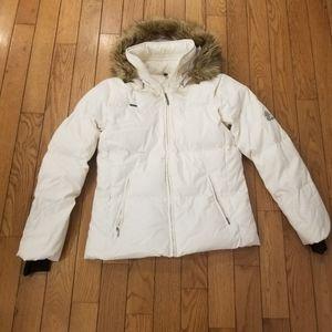 Womens White Columbia Puffer Coat
